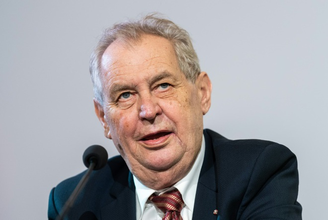 Tiết lộ tình trạng sức khỏe của Tổng thống Séc sau khi nhập viện cấp cứu - ảnh 1