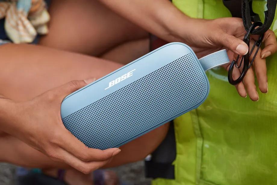Bose SoundLink Flex: mẫu loa 'trâu bò' đồng hành đến bất cứ đâu