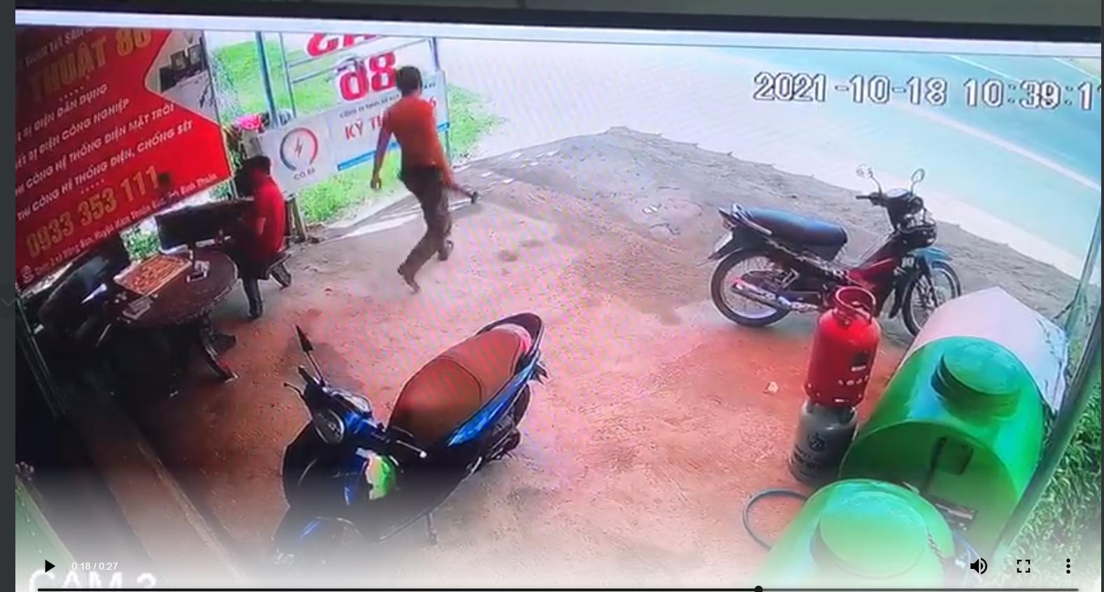 Chủ quán tạp hóa bị gã trai cầm búa đinh đánh chết: Nguyên nhân vì mải chơi cờ chưa kịp bán hàng