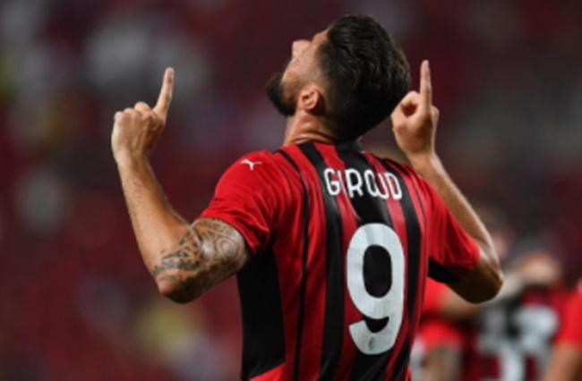 Giroud ca ngợi Ibrahimovic, nói về thần tượng Shevchenko - ảnh 1