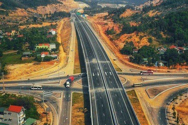 Tiếp tục gỡ vướng về nguồn vật liệu thi công Dự án cao tốc Bắc – Nam phía Đông