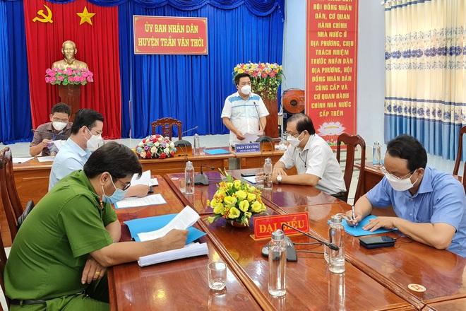 Chủ tịch huyện Trần Văn Thời: Tiêu hủy đàn chó, người dân đồng tình