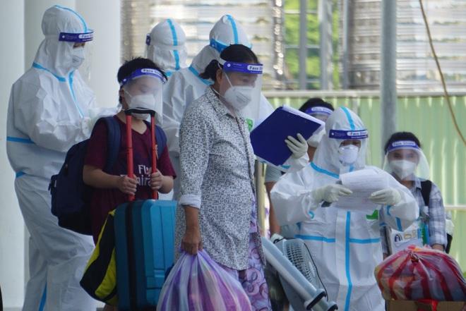 Đà Nẵng tạm ngừng hoạt động bệnh viện dã chiến điều trị Covid-19 - ảnh 1
