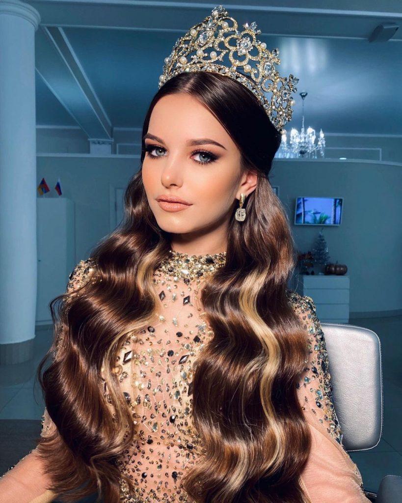 Ngỡ ngàng nhan sắc cô gái là hoa hậu mới của Nga, đẹp như tiên sa - ảnh 1