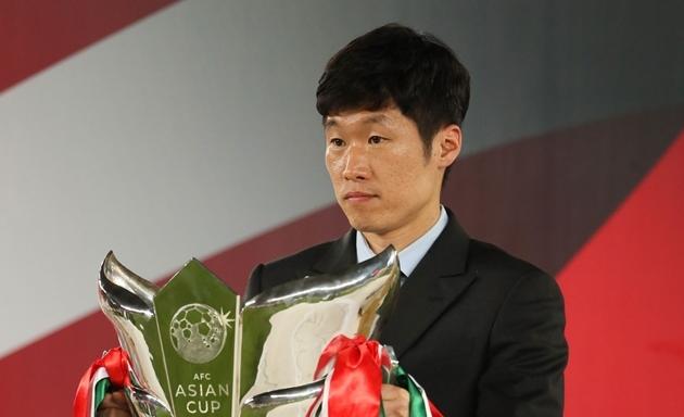 """""""Bài hát của fan M.U gây khó chịu cho người dân Hàn Quốc"""""""