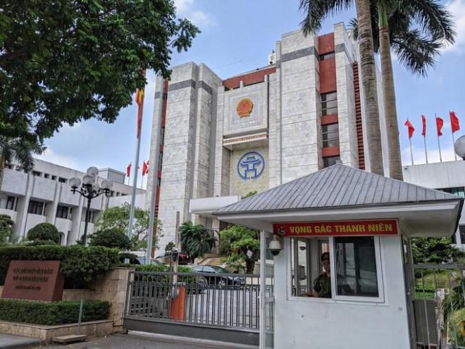 Đề xuất hỗ trợ gần 400 triệu đồng cho 21 lãnh đạo phường ở Hà Nội phải nghỉ việc