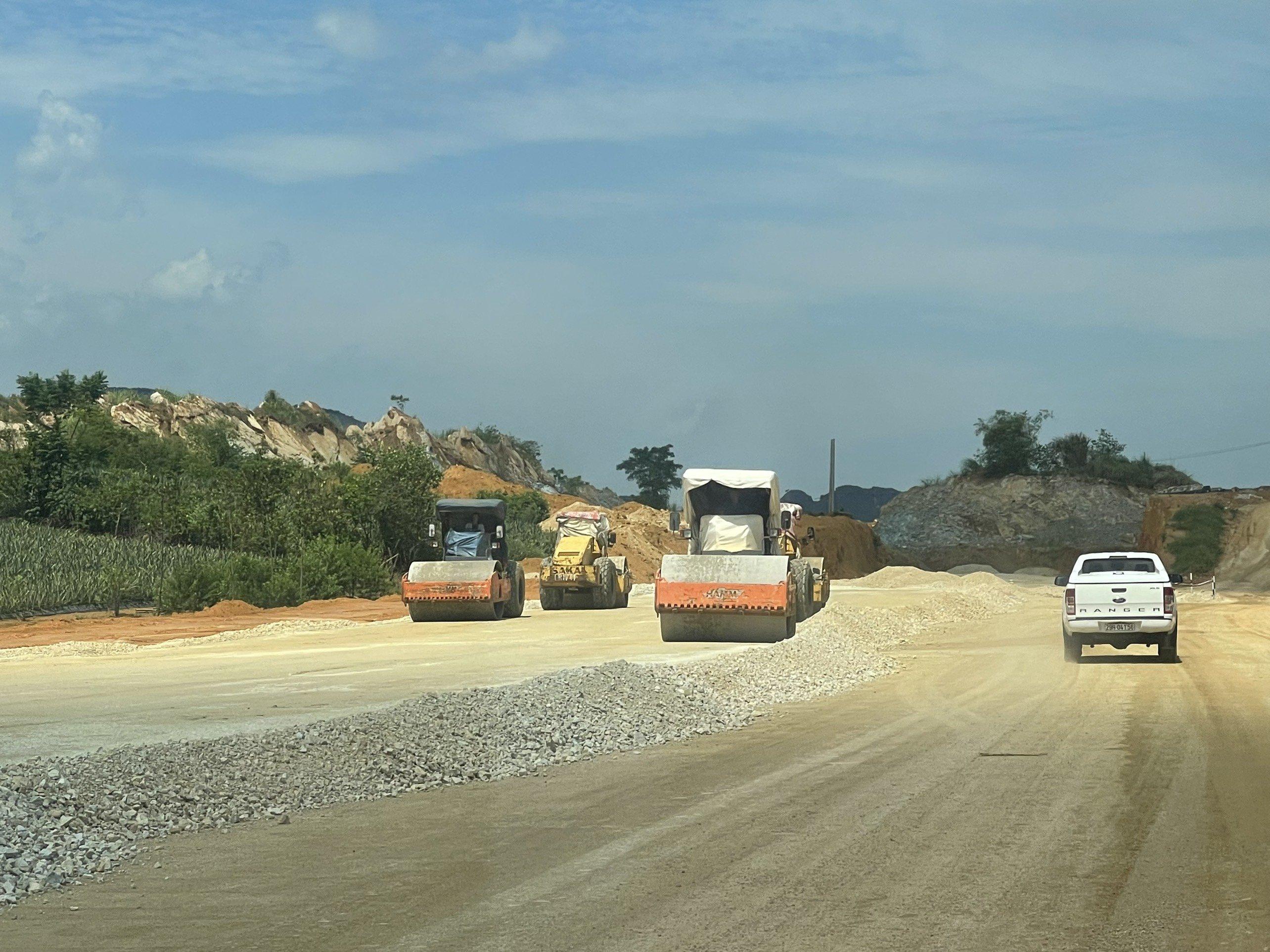 Báo cáo Quốc hội tiến độ thực hiện cao tốc Bắc - Nam phía Đông - ảnh 1