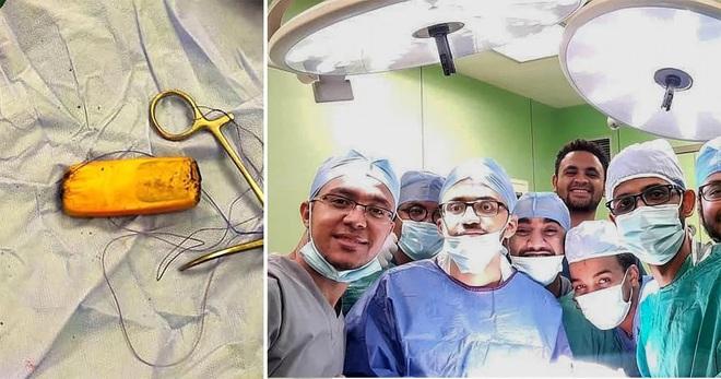 """Ca phẫu thuật """"giải cứu"""" chiếc điện thoại kẹt trong bụng bệnh nhân 6 tháng"""