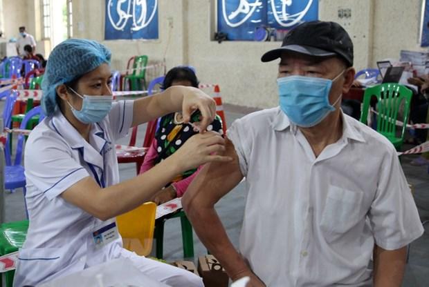 Lào Cai cách ly 7 ngày với người tiêm đủ liều đến, về từ vùng dịch - ảnh 1