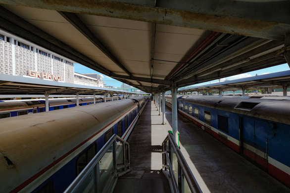Đường sắt chạy lại tàu khách tuyến Hà Nội - TP.HCM từ 13-10 - ảnh 1