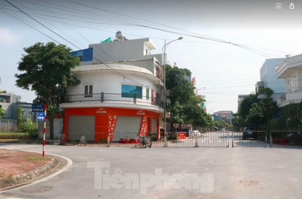 Thành phố Nam Định xét nghiệm diện rộng 5 phường để kiểm soát, dập ổ dịch mới xuất hiện
