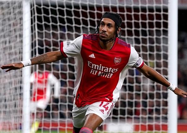 Arsenal 2-2 Crystal Palace: Nghẹt thở giây cuối cùng