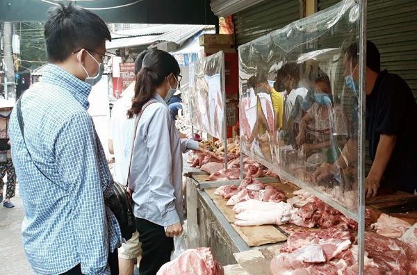 Hà Nội: Các chợ, cơ sở kinh doanh thực hiện nghiêm tiêu chí kinh doanh an toàn - ảnh 1