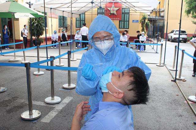 Gần 9.000 người liên quan đến Bệnh viện Hữu nghị Việt – Đức từ ngày 15/9