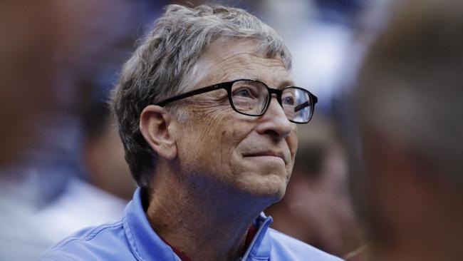 """Gửi thư tán tỉnh nữ nhân viên, Bill Gates bị 2 giám đốc điều hành Microsoft """"chấn chỉnh""""?"""