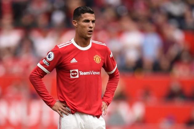 Man Utd gọi điện cho một vị HLV theo yêu cầu của Ronaldo