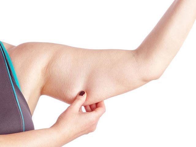 Không cần ra gym cô gái giảm hẳn 5cm bắp tay trong 28 ngày, lấy lại thon gọn nhờ lăn massage tích hợp gel tan mỡ Sur.Medic